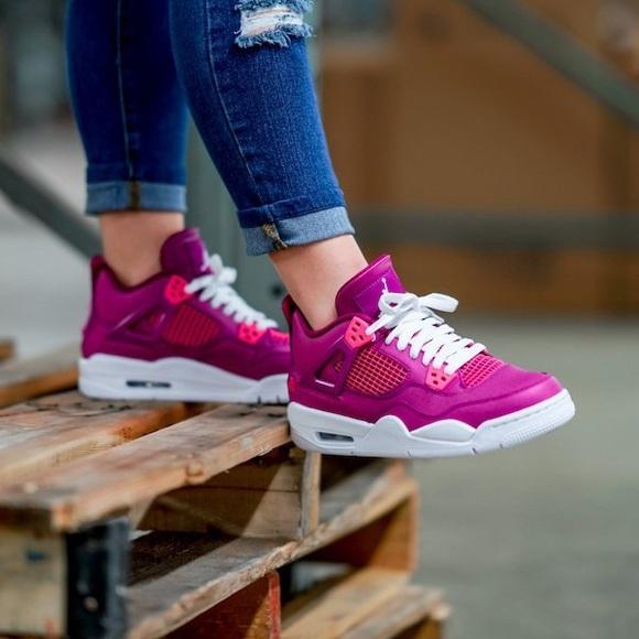 Jordan Shoes | Jordan 4 Retro
